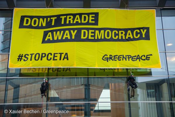 (C) Xavier Bechen/Greenpeace